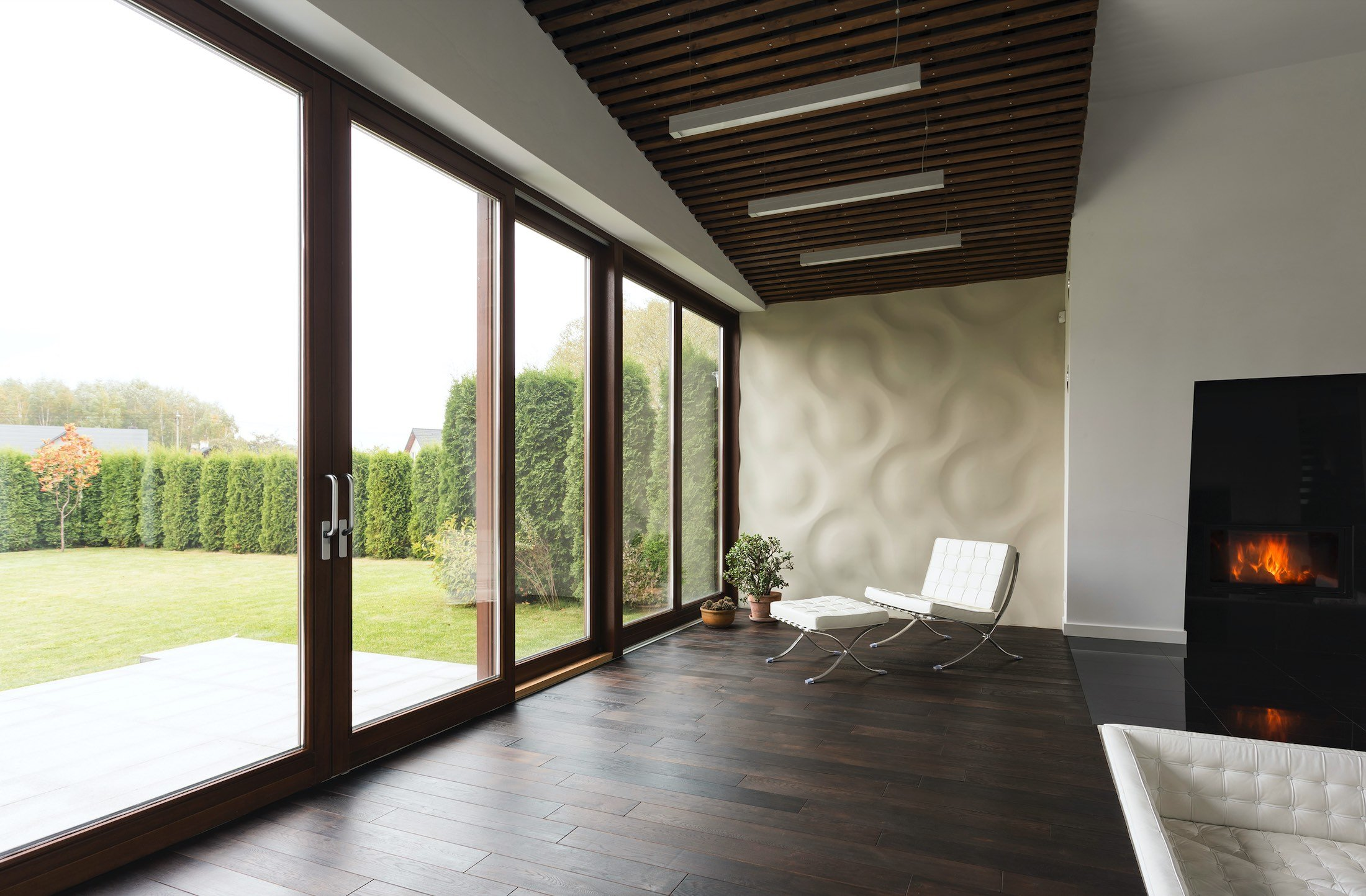 House Window Tint Useful Information And The Pros & Cons of Using It - Home Window Film in Denver, Colorado